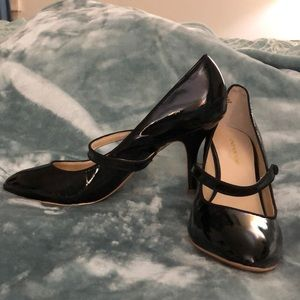 Jones New York Black leather heels